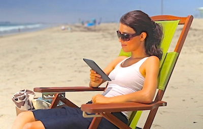 Kindle-at-beach